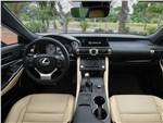 Lexus RC 2019 салон