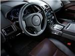 Aston Martin Rapide - Aston Martin Rapide S 2013 водительское место