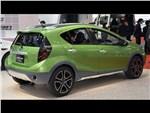 Toyota Aqua Cross concept 2014 вид сбоку 3/4