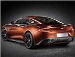 Aston Martin Vanquish 2013 вид сзади