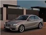 BMW 2 Series - BMW 2 Series 2013 вид спереди 3/4