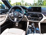 BMW 5 2017 салон