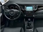 Kia Carens 2013 водительское место