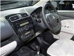 Mitsubishi Colt - Mitsubishi Colt 2013 водительское место