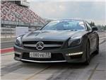 Mercedes-Benz SL63 AMG с закрытой крышей