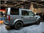 Land Rover Discovery 2014 вид сзади 3/4