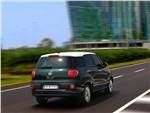 Fiat 500L Living 2014 вид сзади
