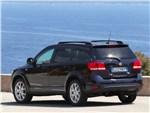 Fiat Freemont - Fiat Freemont 2012 вид сзади