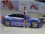 Honda B Concept 2014 вид сбоку