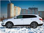 Hyundai Grand Santa Fe 2013 вид сбоку