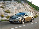 Opel Insignia Country Tourer 2014 вид спереди