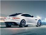 Jaguar F-Type 2014 вид сзади сбоку