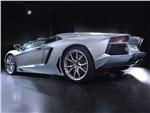 Lamborghini Aventador - Lamborghini Aventador LP700-4 2013 вид сзади