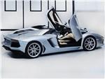 Lamborghini Aventador - Lamborghini Aventador LP700-4 2013 вид сбоку