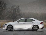 Lexus IS 2013 вид сбоку