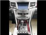 Lexus LX 570 Tolex Tuning 2012 центральная консоль
