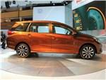 Honda Mobilio концепт 2013 вид сбоку