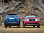 Nissan Pathfinder - Nissan Pathfinder 2012 вид спереди и сзади