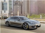 Porsche Panamera Turbo 2013 вид сбоку