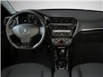 Peugeot 301 - Peugeot 301 2013 водительское место