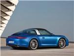 Porsche 911 Targa 2014 вид сзади закрытый