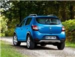 Dacia Sandero Stepway 2013 вид сзади