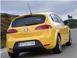 SEAT Leon Cupra -
