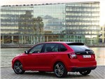Skoda Rapid Spaceback 2014 вид сбоку
