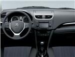 Suzuki Swift - Suzuki Swift 2013 водительское место