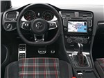 Volkswagen Golf GTI Performance 2013 водительское место