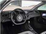 Volkswagen XL1 - Volkswagen XL1 2013 водительское место