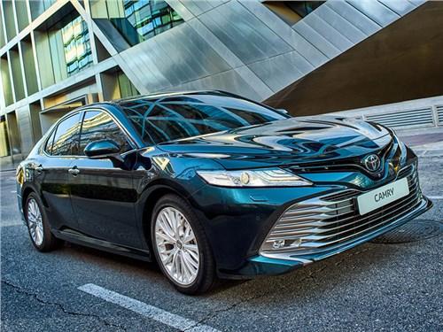 Toyota Camry: все о российской версии