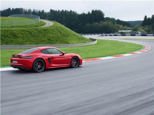 Porsche 718 2017 вид сбоку