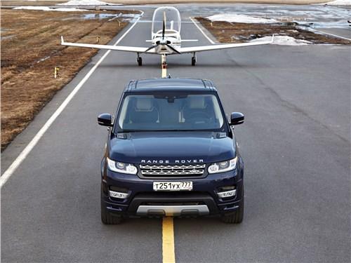 Против правил Range Rover Sport - Land Rover Range Rover Sport 2017 вид спереди