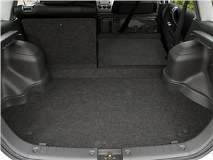 Предпросмотр suzuki liana хэтчбек 2004 багажник