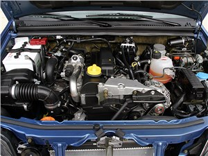Предпросмотр suzuki jimny convertible 2004 моторный отсек