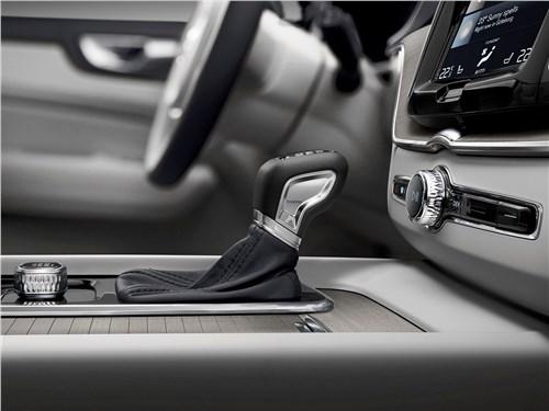 Volvo XC60 2018 АКПП