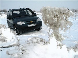 Chevrolet Niva - chevrolet niva 2009 вид спереди