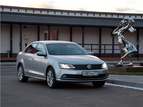 Volkswagen Jetta - volkswagen jetta 2015 булочка без изюма
