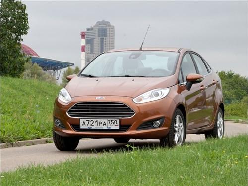 Ford Fiesta <br />(седан 4-дв.)