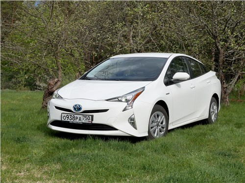 Toyota Prius - toyota prius 2016 полукупец, полумудрец...
