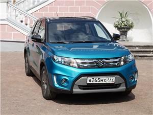 Suzuki Vitara 2015 вид спереди