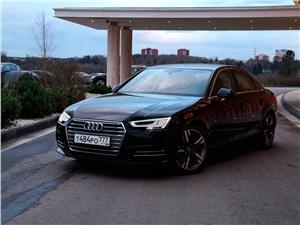 Audi A4 2016 вид спереди