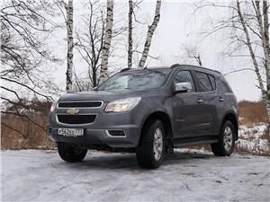 Chevrolet Trailblazer 2012 вид спереди