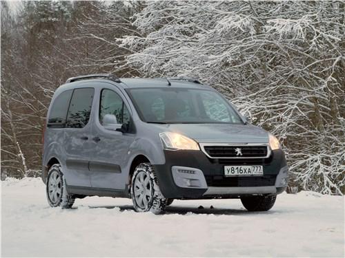 Peugeot Partner Tepee 2016 вид спереди сбоку