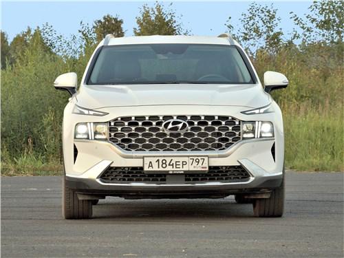 Hyundai Santa Fe (2021) вид спереди