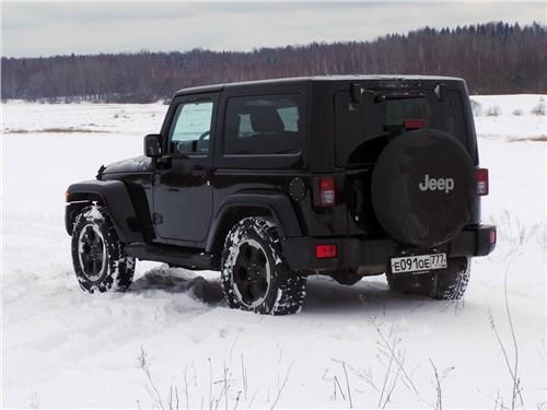 Предпросмотр jeep wrangler 2007 вид сзади