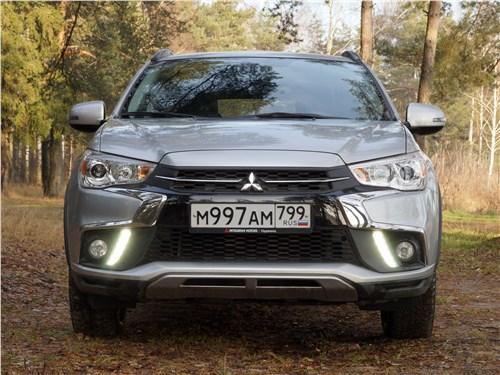Mitsubishi ASX 2017 вид спереди