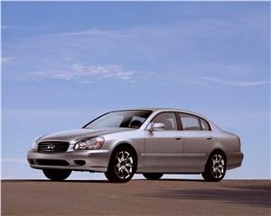Infiniti Q45 2001 имел в своей основе модель Nissan Cima