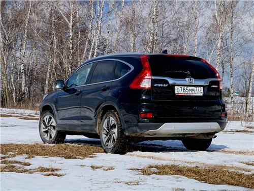 Honda CR-V 2015 вид сзади
